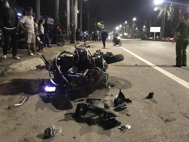 Xe phân khối lớn chạy tốc độ kinh hoàng đâm vào xe máy khiến 3 người thương vong - Ảnh 6.