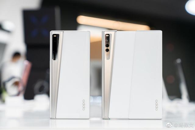 Cận cảnh chiếc smartphone màn hình cuộn đầu tiên trên thế giới - Ảnh 6.