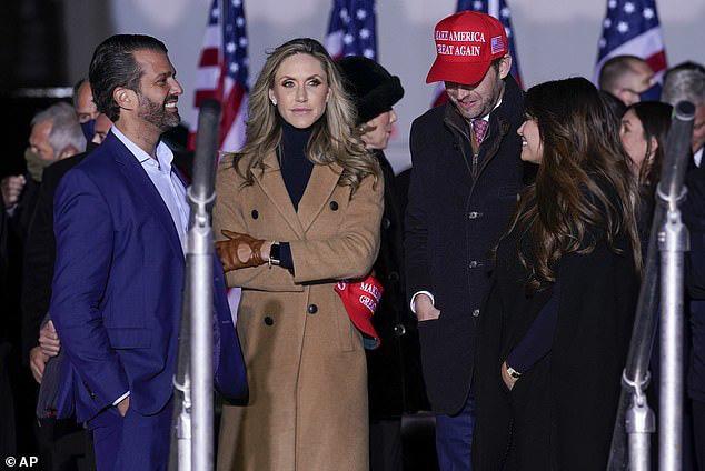 Con dâu nhà ông Trump lộ ý định tranh cử - Ảnh 4.