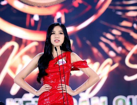 Chung kết Hoa hậu Việt Nam 2020 mất điểm với nhiều hạt sạn không đáng có - Ảnh 8.