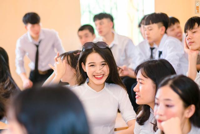Nhan sắc mộc mạc và nụ cười hút hồn của Tân Hoa hậu Việt Nam 2020 - Ảnh 6.