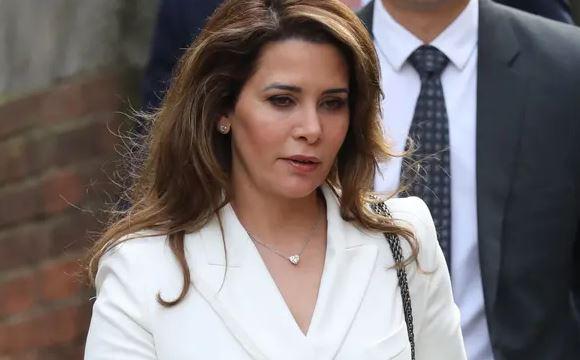 Công chúa Jordan chi 1,2 triệu bảng mua quà cho nhân tình là vệ sĩ - Ảnh 1.