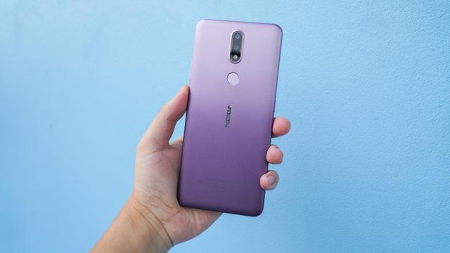8 mẫu smartphone có pin trâu nhất trên thị trường - Ảnh 7.