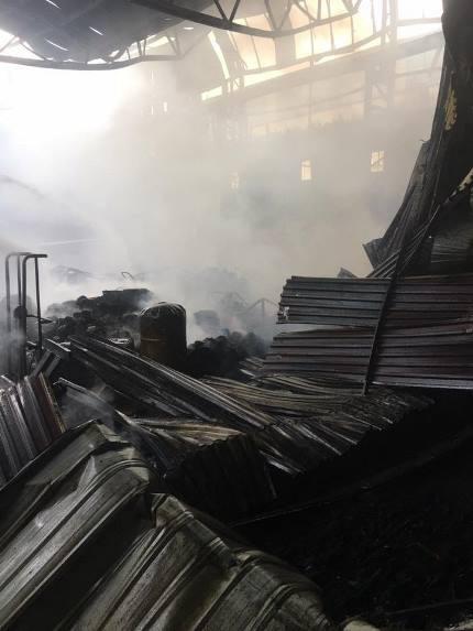 Cháy lớn tại kho chứa hàng ở TP Vinh - Ảnh 3.