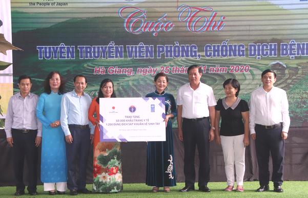 Thứ trưởng Bộ Y tế Đỗ Xuân Tuyên: Truyền thông trực tiếp đóng vai trò quan trọng trong công tác phòng chống dịch bệnh - Ảnh 3.