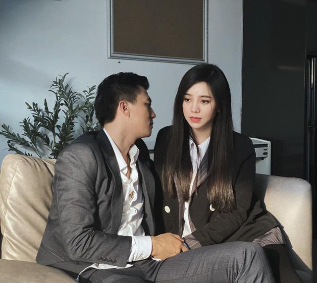 Quỳnh Kool lộ ảnh thân mật với Hà Việt Dũng trong phim mới - Ảnh 1.