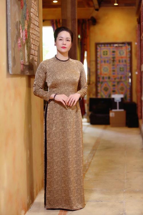 Nhật Kim Anh đóng phim sau phẫu thuật - Ảnh 1.