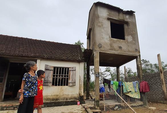 Tìm giải pháp xây nhà ở an toàn cho người dân vùng bão, lũ - Ảnh 1.
