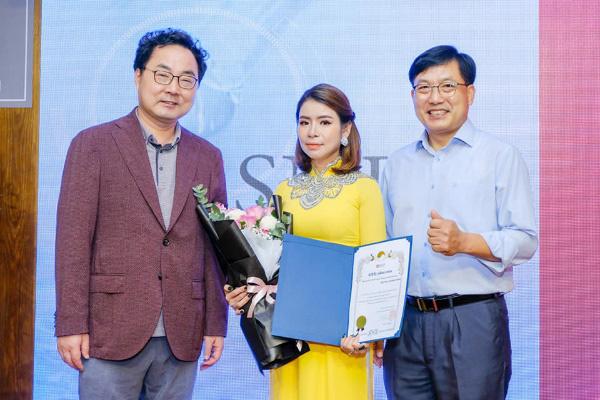 Nữ giáo viên nỗ lực làm giàu từ kinh doanh mỹ phẩm chất lượng –  CEO Trần Thị Hương - Ảnh 3.