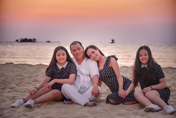 15 năm hôn nhân viên mãn của Minh Khang - Thuý Hạnh cùng hai cô công chúa đáng yêu - Ảnh 9.