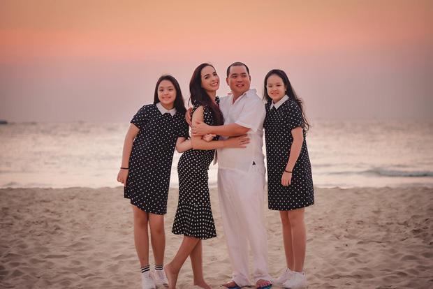 15 năm hôn nhân viên mãn của Minh Khang - Thuý Hạnh cùng hai cô công chúa đáng yêu - Ảnh 8.