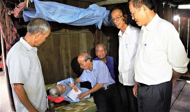 Báo động tốc độ già hóa dân số của Hà Tĩnh - Ảnh 4.
