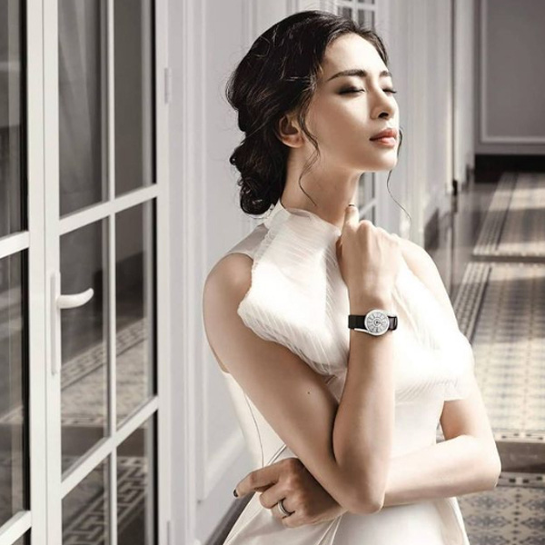Nhan sắc tuổi 41 của nữ diễn viên đại gia Ngô Thanh Vân - Ảnh 10.