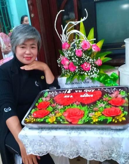 Ăn bánh thạch 3D hoa hồng cho ngày lễ Tình nhân năm nay - Ảnh 1.