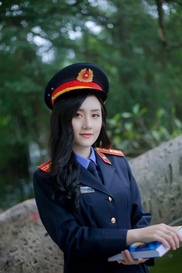 Ngắm vẻ đẹp lấp lánh của hot girl Đại học Kiểm sát Hà Nội - Ảnh 3.