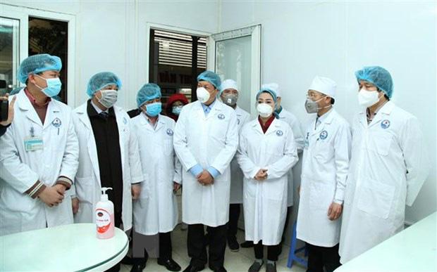 Từ hôm nay, cả xã Sơn Lôi bị cách ly 20 ngày, Bộ Y tế đồng hành cùng Vĩnh Phúc không để dịch bệnh lây lan rộng - Ảnh 3.