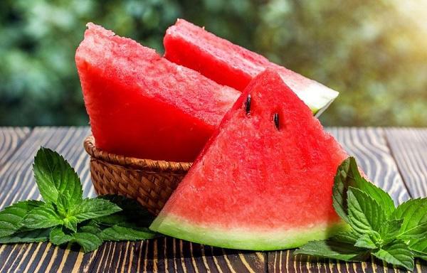7 điều nên biết khi ăn dưa hấu, cẩn thận kẻo ngộ độc - Ảnh 1.