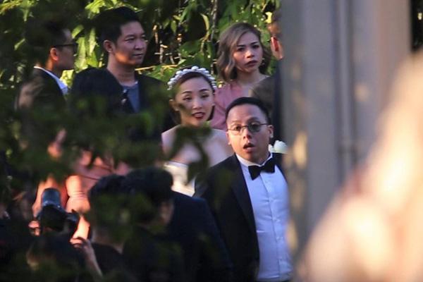 Ảnh cưới hiếm hoi của Tóc Tiên và Hoàng Touliver - Ảnh 6.