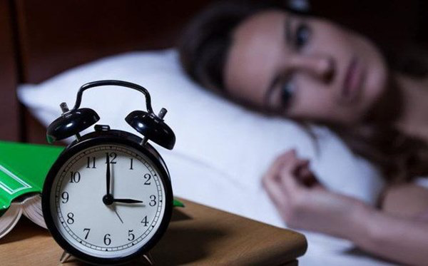 Không thiếu ngủ mà vẫn ngáp, dấu hiệu cảnh báo nhiều bệnh hiểm nghèo - Ảnh 2.