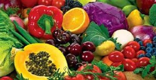Chuyên gia dinh dưỡng gợi ý vitamin cần thiết để khỏe mạnh giữa dịch nCoV - Ảnh 1.