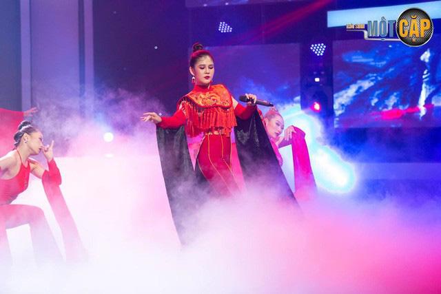 Trời sinh một cặp: MC Thu Hoài nhận điểm 10 từ giám khảo với mashup Bánh trôi nước - Túy âm - Ảnh 7.