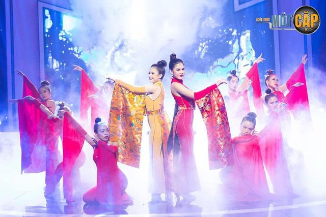 Trời sinh một cặp: MC Thu Hoài nhận điểm 10 từ giám khảo với mashup Bánh trôi nước - Túy âm - Ảnh 8.