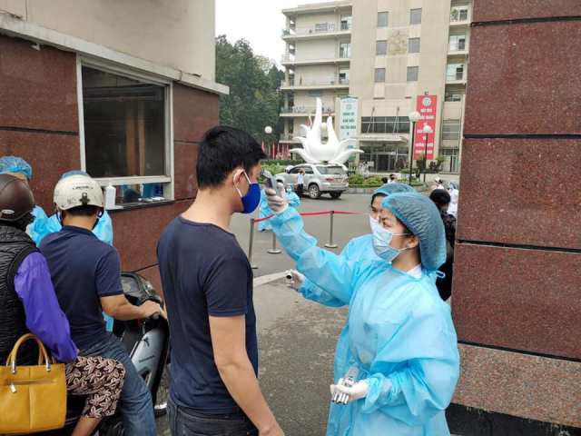 252 người ở Bệnh viện Bạch Mai phải cách ly vì liên quan bệnh nhân 133 - Ảnh 3.