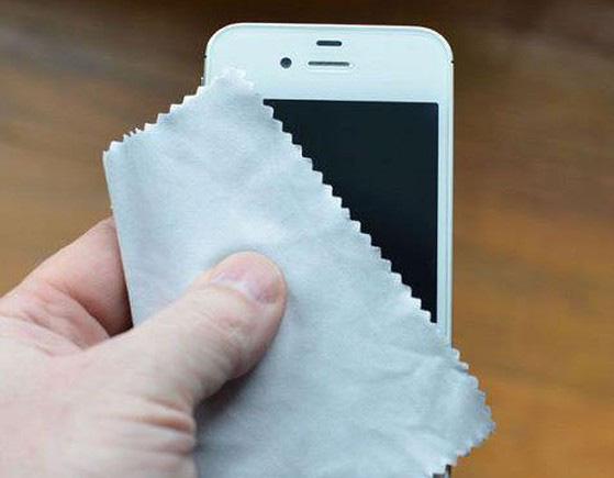 Apple hướng dẫn cách cấp cứu từng dòng iPhone khi bị vô nước - Ảnh 2.