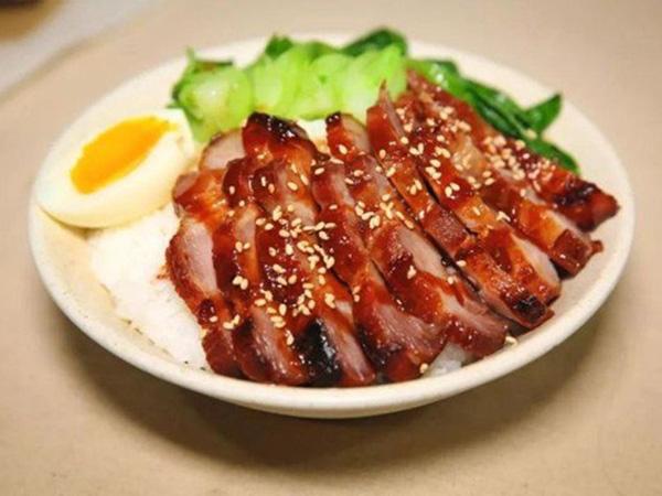 Cần gì tốn tiền mua lò nướng, nướng thịt bằng cách này ngon như nhà hàng, người kén ăn nhất cũng phải gắp lia lịa - Ảnh 1.