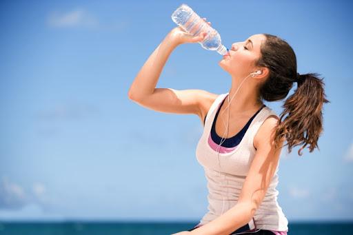 Nước không chỉ để uống, nó còn có nhưng lợi ích khiến bạn hoàn toàn bất ngờ - Ảnh 2.