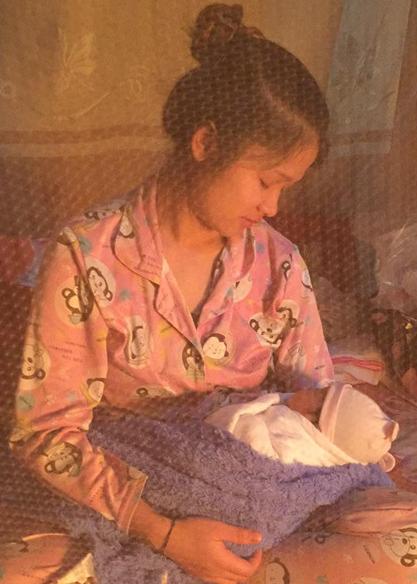 Kết hôn 5 năm, đôi vợ chồng người Tày mới sinh được cô con gái nhỏ thì lại không có hậu môn - Ảnh 3.
