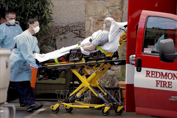 Ngày thứ 10 liên tiếp có thêm hơn 1.000 người chết, dịch COVID-19 tại Mỹ chưa có dấu hiệu giảm - Ảnh 3.