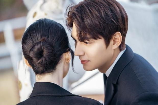 Lee Min Ho hôn nữ thủ tướng trong Quân vương bất diệt - Ảnh 3.