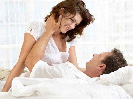 Vã mồ hôi hột vì... vợ hồi xuân - Ảnh 1.