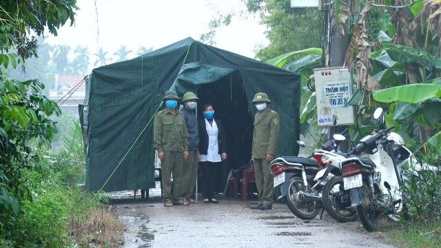 Chưa xác định được nguồn lây của bệnh nhân 251, Hà Nam tạm dừng tiếp công dân - Ảnh 3.
