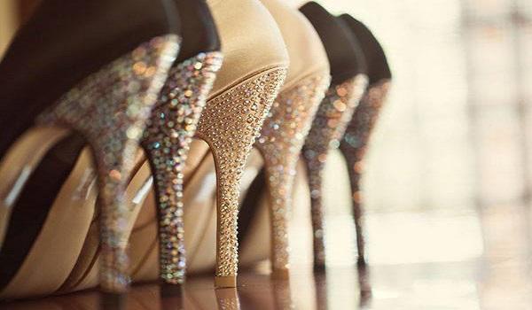 Mẹo khiến giày cao gót cũ, xước trở lại mới toanh mà phụ nữ nào cũng nên biết - Ảnh 8.
