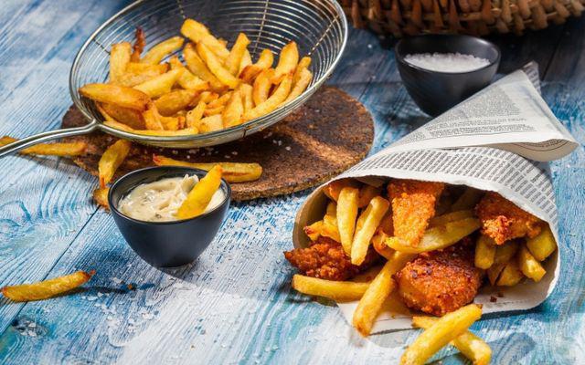 7 cặp đôi thực phẩm ăn cùng nhau sớm muộn cũng sinh bệnh, hại đường tiêu hóa - Ảnh 1.