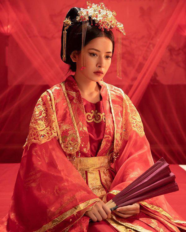 Cảnh nóng bại trận và đại thắng của Hòa Minzy, Hoàng Thùy Linh - Ảnh 2.