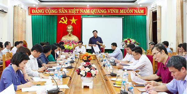 Thứ trưởng Đỗ Xuân Tuyên: Chất lượng y tế cơ sở của Hà Tĩnh nâng lên rõ rệt - Ảnh 1.