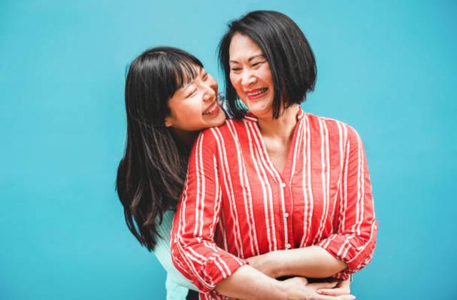 Những câu nói hay nhất về tình yêu của mẹ và con gái - Ảnh 3.