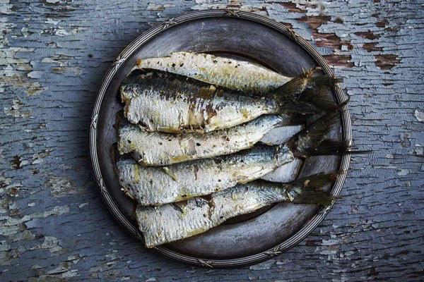 Cá là loại thực phẩm nổi tiếng ngon bổ nhưng có 5 loại cá không nên ăn vì cực nguy hiểm, có thể gây ngộ độc và cả ung thư - Ảnh 1.