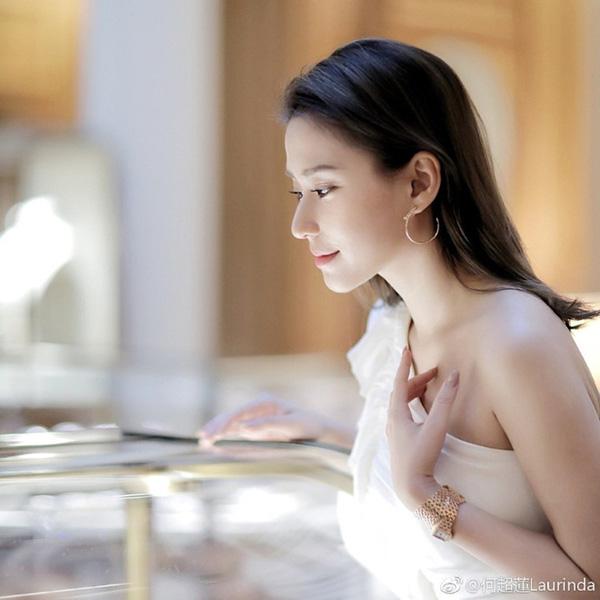 Cô con gái bà vợ 3 của ông trùm sòng bạc Macau: Tiểu thư cành vàng lá ngọc có nhan sắc ai nhìn cũng mê đắm - Ảnh 1.