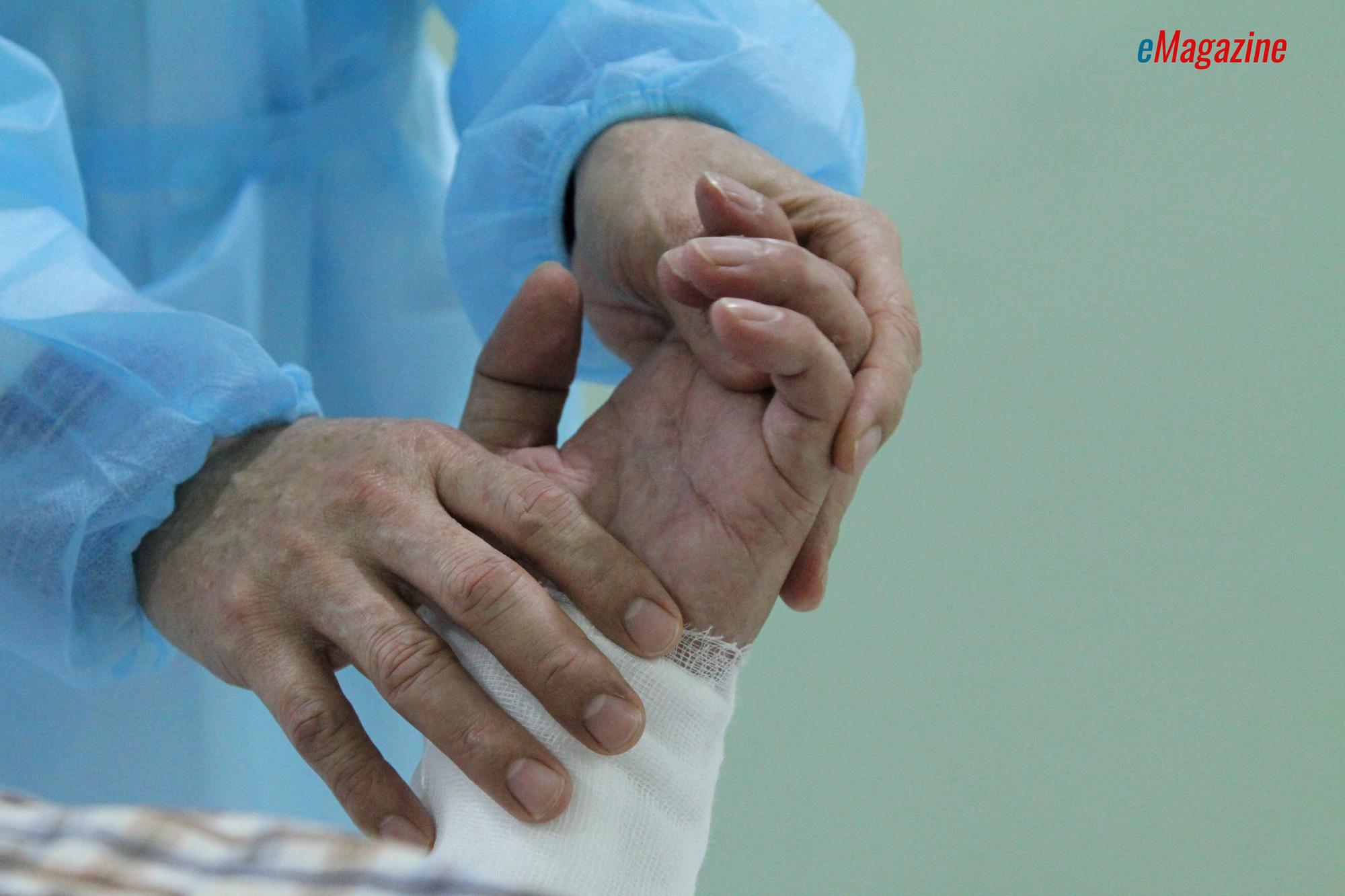 Kỳ tích bác sĩ Việt: Chuyện chưa kể về ca ghép chi đầu tiên trên thế giới từ người cho còn sống - Ảnh 9.