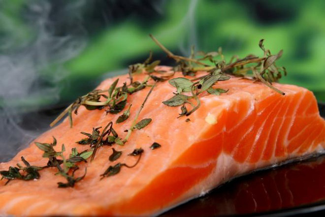 5 thực phẩm tốt cho sức khỏe, kéo dài tuổi thọ nam giới nên ăn  - Ảnh 1.