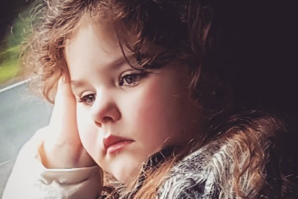 Con gái 5 tuổi liên tục kêu đau ngực, bố mẹ bàng hoàng khi bác sĩ kết luận trẻ dậy thì sớm vì những món đồ vật có sẵn trong nhà - Ảnh 5.