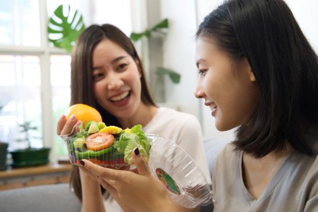 Bữa ăn nào cũng thực hiện 6 việc cơ bản này, phụ nữ sẽ không lo tăng cân mà sức khỏe vẫn đảm bảo, bằng không ăn kiêng mấy cũng bằng thừa - Ảnh 1.