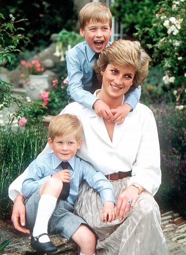 Dấu hiệu tâm lý bất thường của con trai Meghan Markle khiến dư luận tức giận so sánh cựu Công nương với mẹ chồng Diana - Ảnh 3.