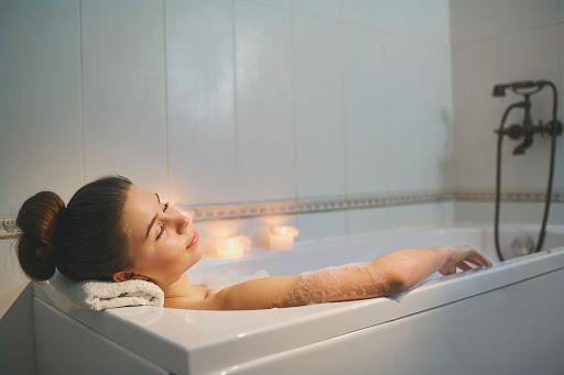 Chuẩn bị đi tắm mà có dấu hiệu này, bạn phải dừng lại ngay nếu không muốn đột tử - Ảnh 2.