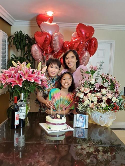 Việt Hương - Hoài Phương kỷ niệm 14 năm bên nhau - Ảnh 2.