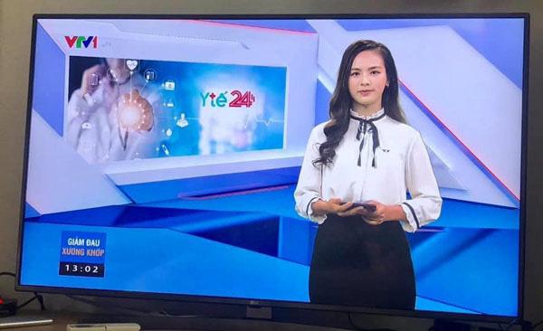 """Vừa lên sóng, nữ MC mới của """"Chuyển động 24h"""" đã gây sốt vì thần sắc hơn người lại còn quá duyên dáng - Ảnh 3."""